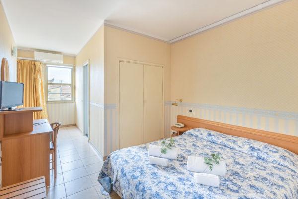 hotel-tazza-d-oro-camera3