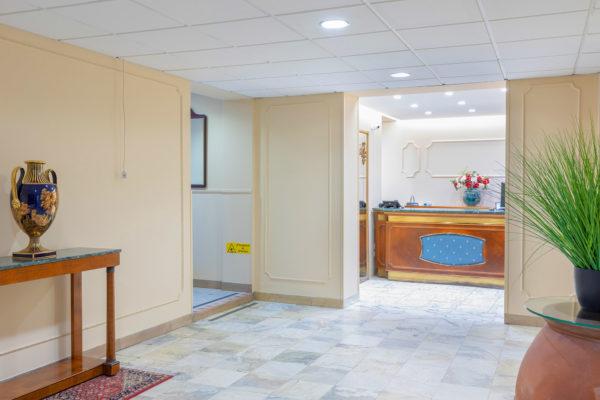 hotel-tazza-d-oro-reception